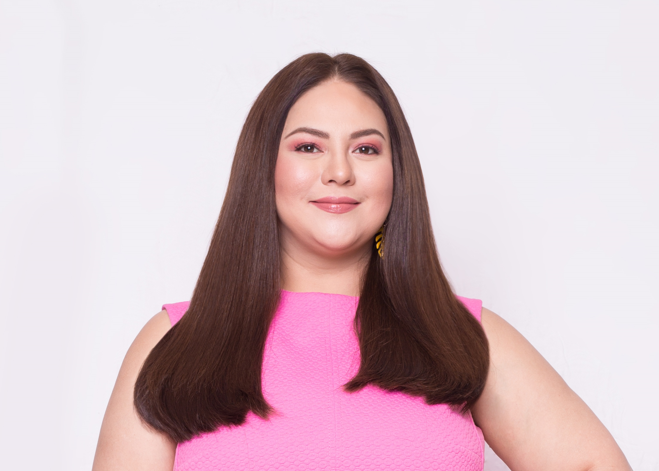 Karla Estrada Queen Mother Salon Rebond Services